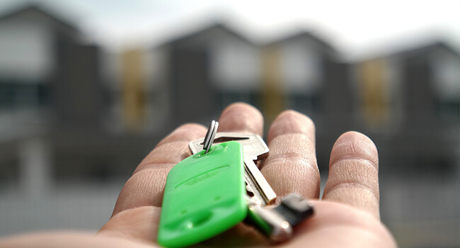 Tilsyn af ejendom | Både private og erhverv